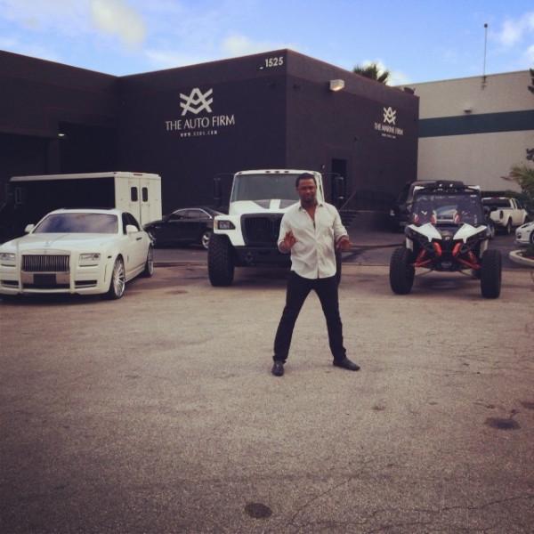 los-angeles-dodgers-hanley-ramirez-gets-3-cars-customized_1