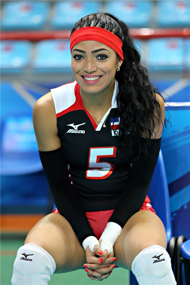 La miembro de la selección nacional de voleibol femenino 5acc89aaf2f33