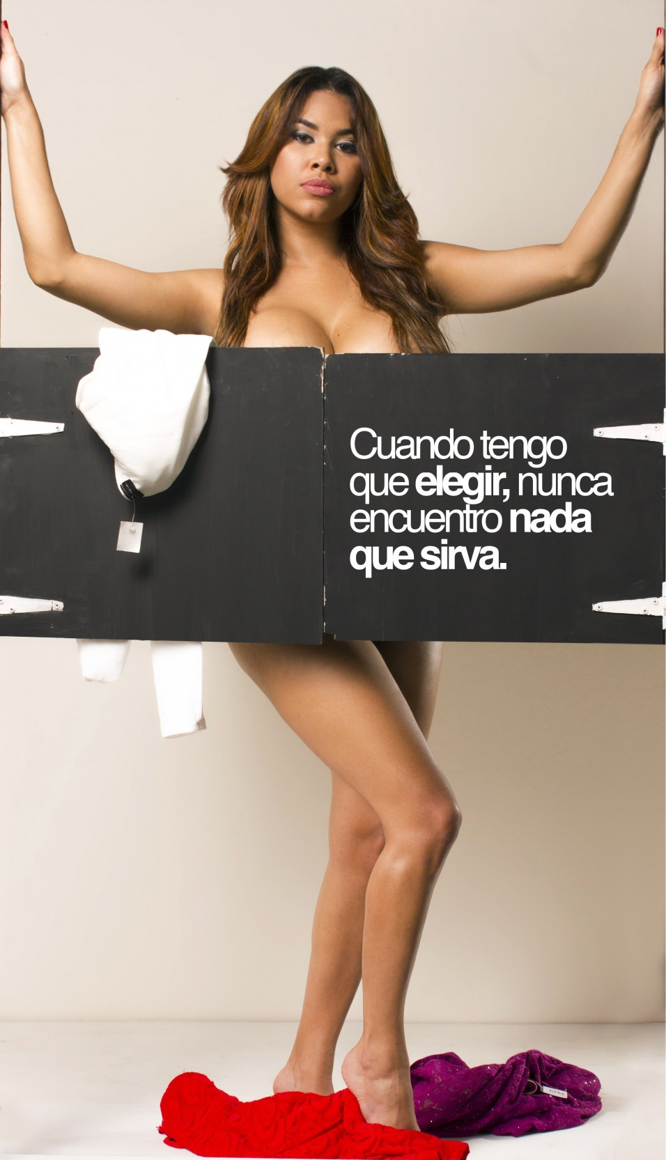 Presentadora Dominicana Se Desnuda Para Mostrar Cruda Realidad