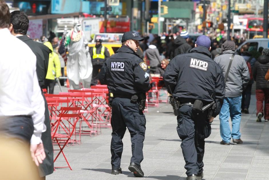 Seguridad en Times Square, New York City. Photo Credito Mariela Lombard/El Diario NY.