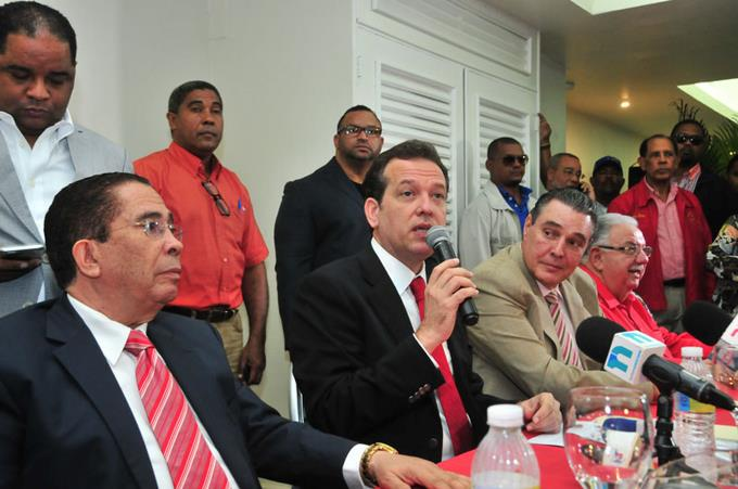 comision-ejecutiva-del-prsc-suspende-a-quique-antun-como-presidente