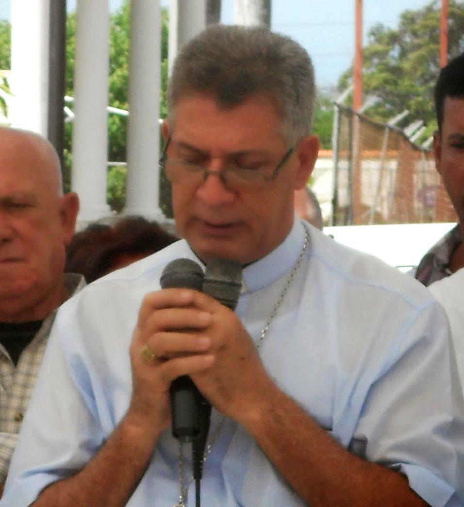 ObispoMaoMontecristi